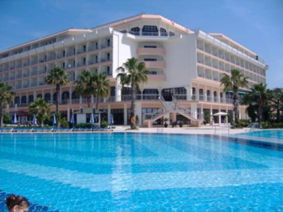 Adora Golf Resort Hotel: hotel