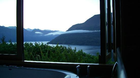 Azur: view from the tub