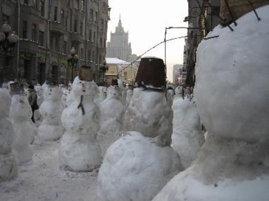 Snowmen on Arbat