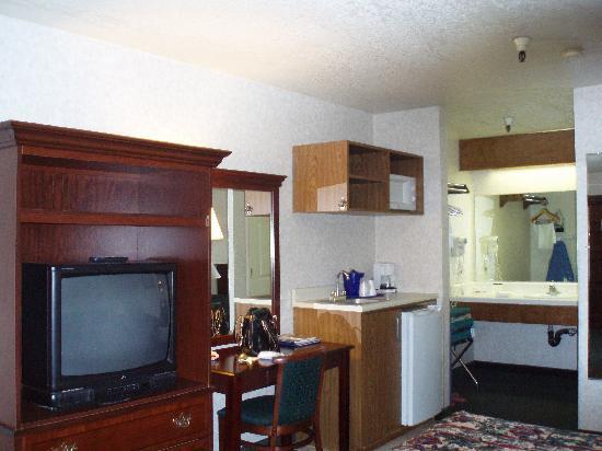 Milpitas Inn : Desk area