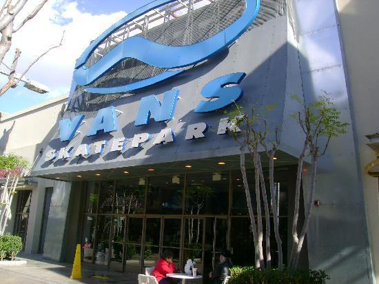 The Outlets at Orange: Vans Skate Park