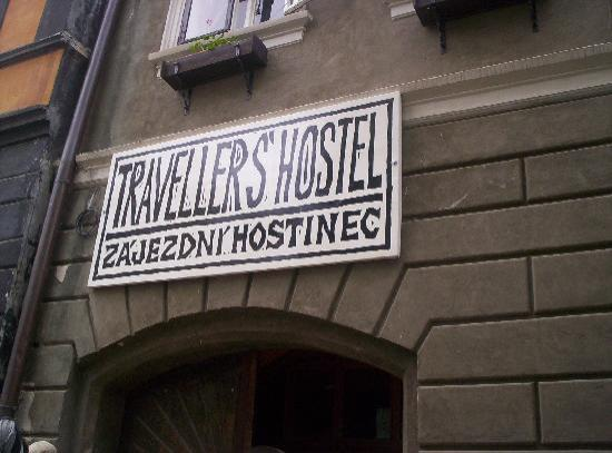 Traveller's Hostel: Outside