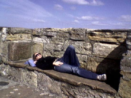 St. Andrews Bay Golf Resort: Relaxing in the sun!