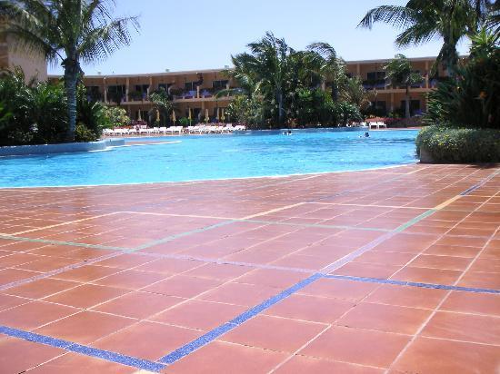 Club Drago Park Hotel: Swimming Pool