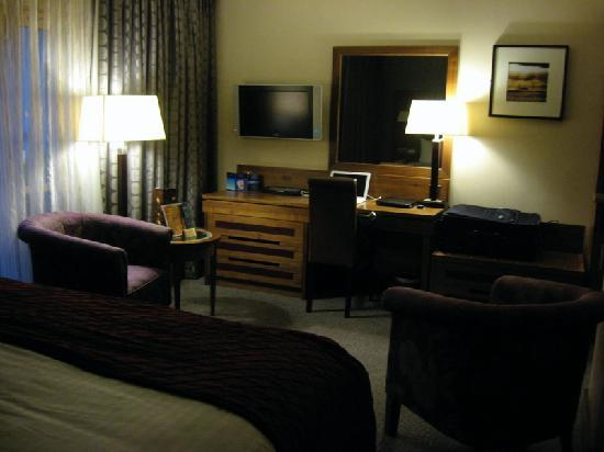 Westport Plaza Hotel: View of a guest room