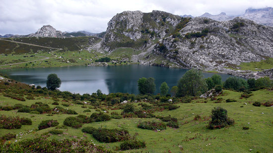 Cangas de Onis, Espagne : Lago Enol , Picos de Europa, Cangas de Onís