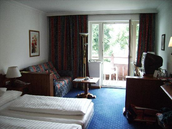 Sporthotel Reisch : Hotel Room facing the rear