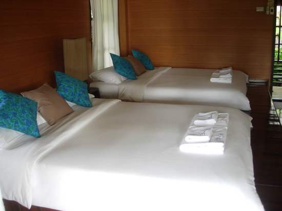 Shantaa Koh Kood : Room with two large beds