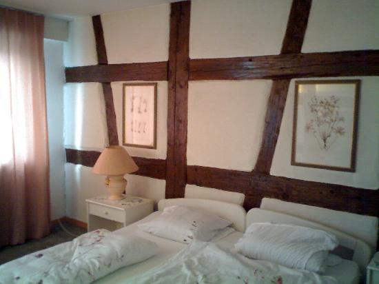 Roessli Hotel: double room