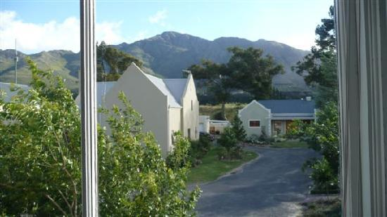 Kruger House Guest Cottages: the neighbourhood
