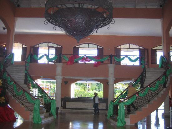 Memories Splash Punta Cana: Grand Paradise main Lobby.. Go upstairs to the Piano Bar..