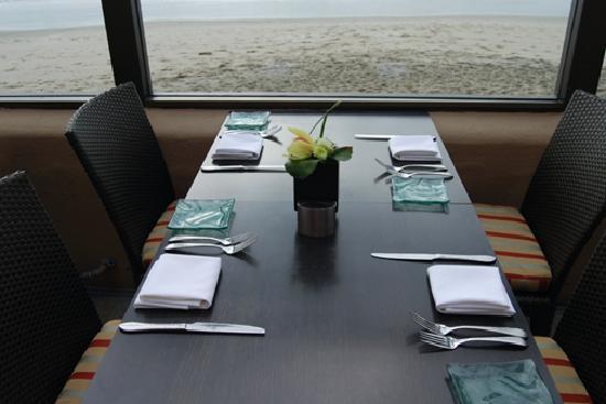 Splashes Restaurant: Table at Splashes