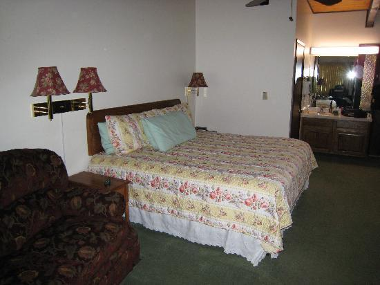 Deer Crest Resort: Room 206