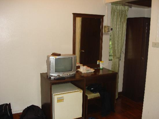 Buarawong Residence: single room I stayed in