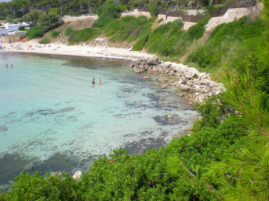 Apulien, Italien: Beach just south of Taranto