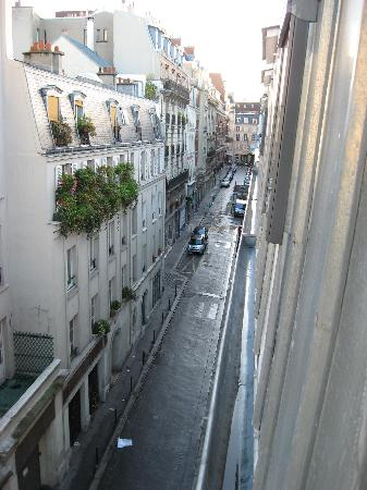 Comfort Hotel Paris La Fayette : View from my window