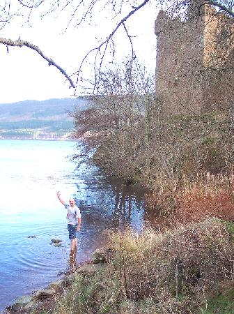 Urquhart Castle: December 23,2005