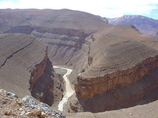 Marruecos: Le Gole della Dadès, viste dall'alto. Marocco del Sud