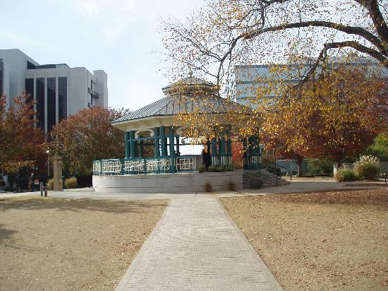 Decatur's Square: Bandstand in Square