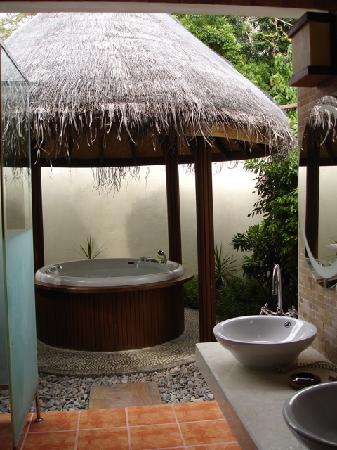 Bandos Maldives: Jacuzzi villa