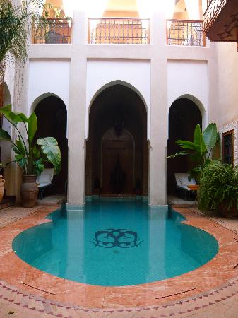 Riad Monika: the heated pool