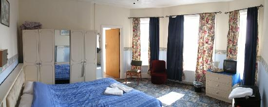 Belgrave Hotel: my bedroom