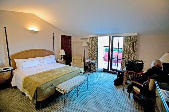 Four Seasons Hotel Istanbul at Sultanahmet: Room 418 is a deluxe king with a veranda.