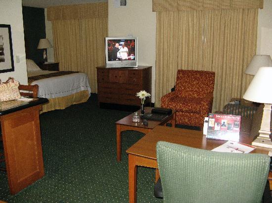 ريزيدانس إن باي ماريوت سان بيرناردينو: Sitting area