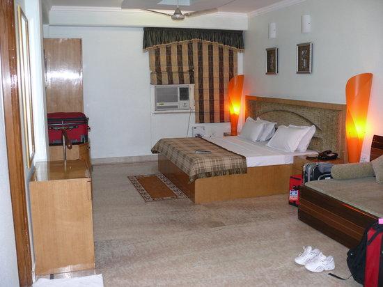 Hotel Singh Sahib : 1st floor suite