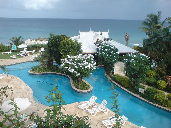 Tropikist Beach Hotel & Resort : the view from our room