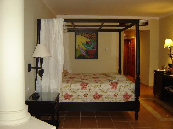 Grand Bahia Principe Bavaro : Room
