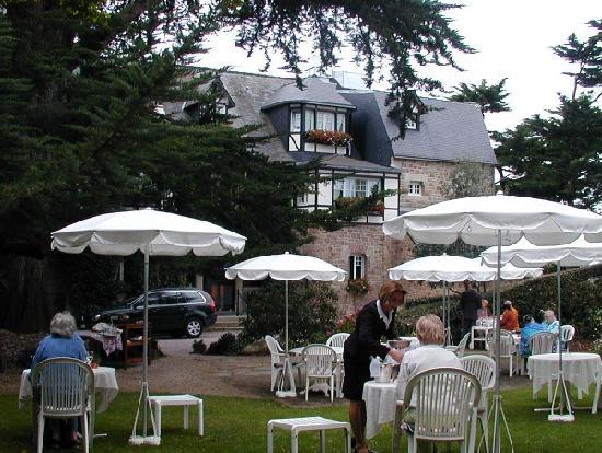 Ti al Lannec Hotel Restaurant & Spa: Garden