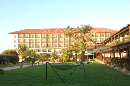Dan Accadia Hotel Herzliya: Courtyard