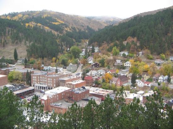 Mineral Palace Hotel and Gaming: Deadwood from Mount Moriah cemetery