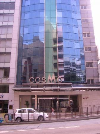 Cosmo Hotel Hong Kong : Front of the hotel