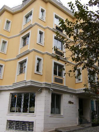 Daphne Hotel: The wonderful Hotel Daphne