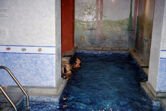 Casalinda Hotel Boutique : pool at Casa Linda