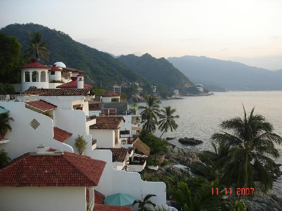 Lindo Mar Resort: Side view from terrace