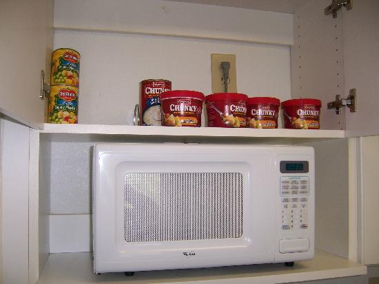Extended Stay America - Jacksonville - Lenoir Avenue South: These were in the kicthen cupboard when we arrived...