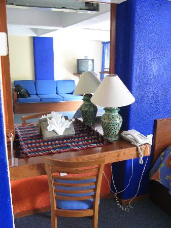 Writing desk - Casa de la Condesa