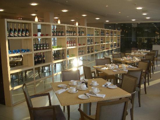 Radisson Blu Waterfront Hotel, Jersey : Restaurant