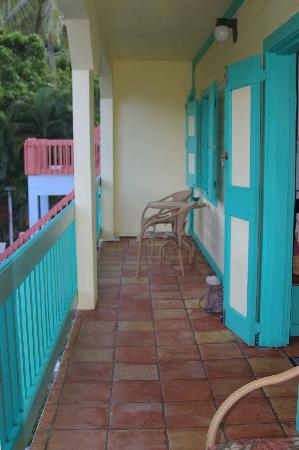 Mongoose Apartments: Private veranda