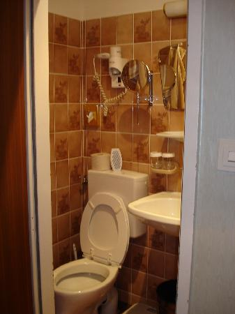 Hotel Schweizerhof: See the toilet?  How do you fit on it! :)