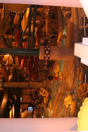 Great Wolf Lodge : half of the park
