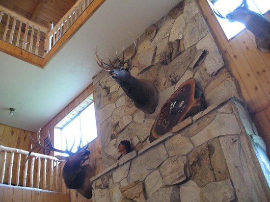 Rockin' R Ranch: La hall