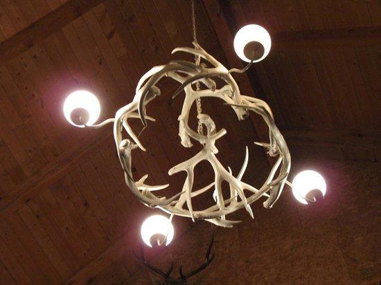 Rockin' R Ranch: Il sopracitato lampadario