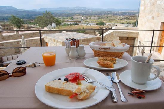 Serinn House: Breakfast at Serrinn House