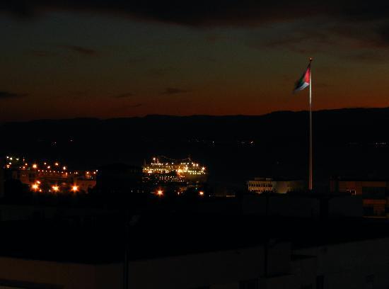 Aquamarina III: Night shot for the Northern Shore