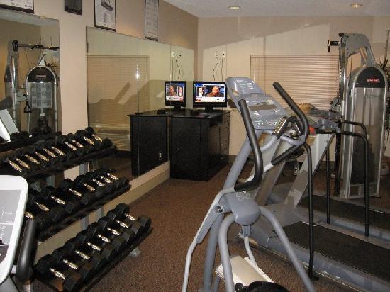 Hampton Inn & Suites - Paso Robles: Gym