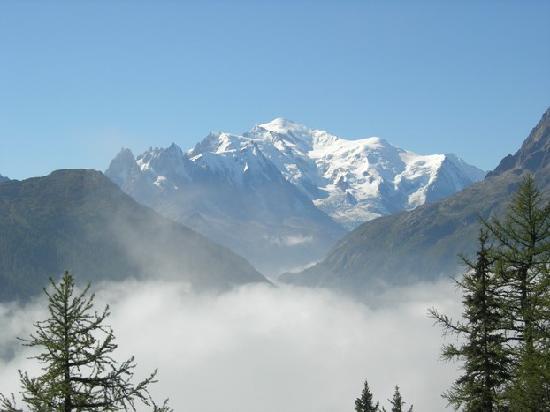 Salvan, Switzerland: Vue sur Mont Blanc